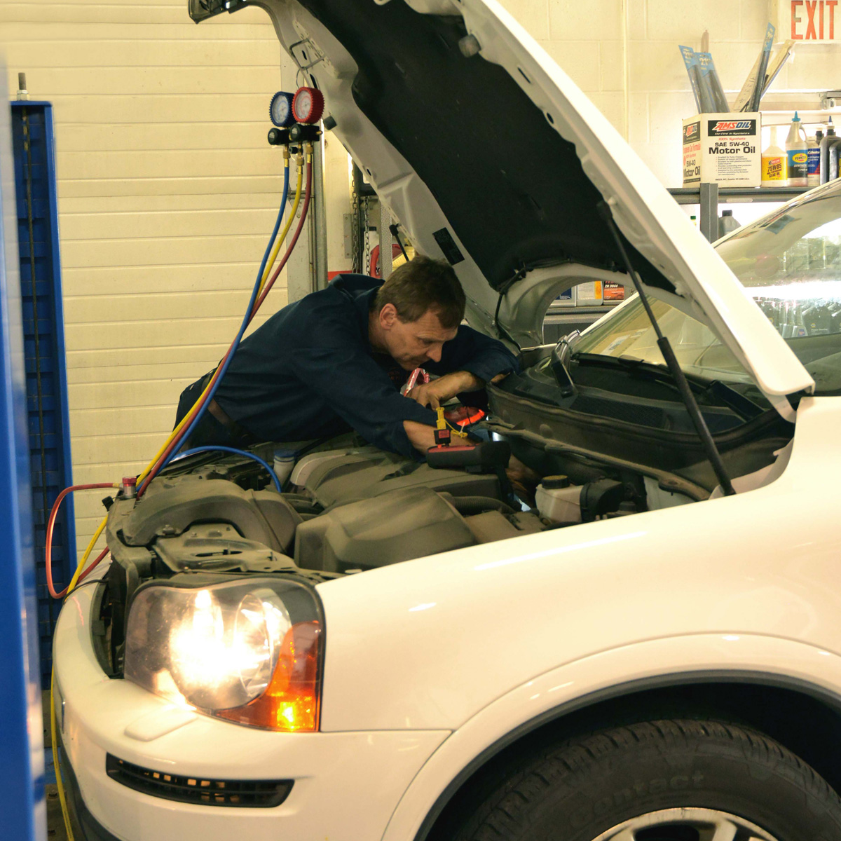 Mechanic in Calgary